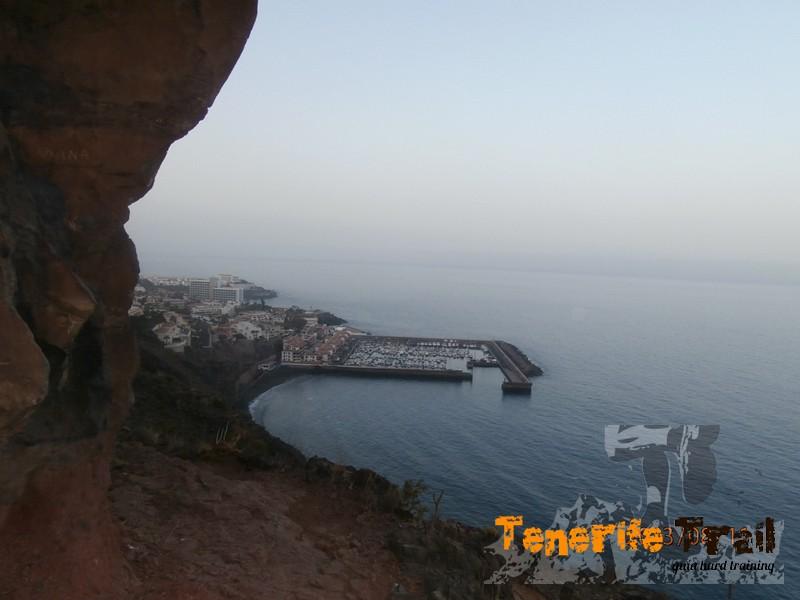 Detalle de vista y Puerto de Los Gigantes