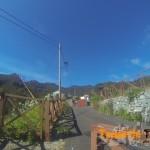 Salida de nuevo en Roque Negro a zona urbana de frente y la primera a tu derecha