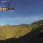 Detalles al fondo Pico del Inglés y Casas de la Cumbre